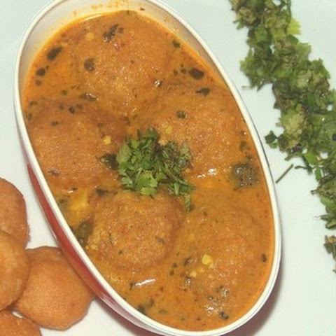 Cheesy Aloo Kofta Curry