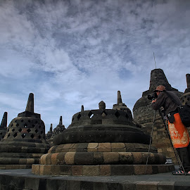 Catch The Buddha by Irwan Setiawan - Landscapes Travel ( photographers, taking a photo, photographing, photographers taking a photo, snapping a shot )
