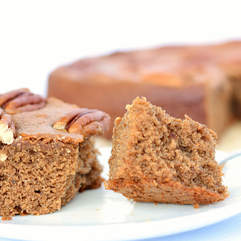 SPICED GINGER DATE CAKE (GLUTEN-FREE)