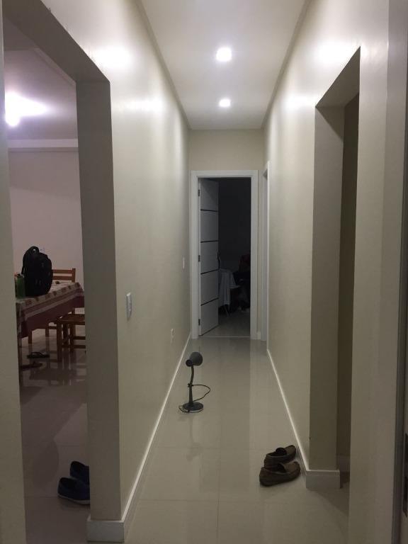 Casa a Venda Bairro Alto São Bento em Itapema-SC