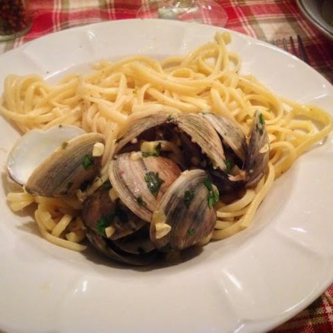 Linguine With Barnegat Bay Clams and Corn Sauce