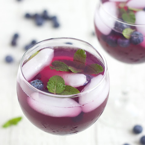 Blueberry Drink - Blueberry Lemonade