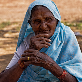 Old lady by Vincent van Kooten - People Street & Candids ( old, blue, street, poor, lady, india )