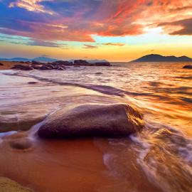 Colorfull Sunset by Catur G Prakasa - Landscapes Sunsets & Sunrises ( sunset, seascape, beach, landscapes, landscape )
