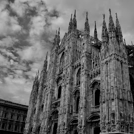 by Ranjani Seshadri - Buildings & Architecture Public & Historical ( milan, piazza, cathedral, italy, milano )