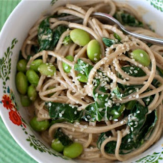 Sesame Noodles with Edamame and Kale
