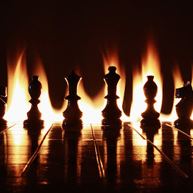 Chess flames by Peter Salmon - Artistic Objects Toys