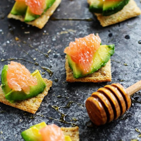 Grapefruit, Avocado & Honey Cracker Bites