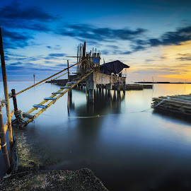 The Link to Other II by Jose Hamra - Buildings & Architecture Other Exteriors ( ancol, indonesia, sunset, haida, jakarta, seascape, sunrise, marina )