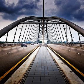 Jambata Seri Saujana by Zulkifli Yusof - Buildings & Architecture Bridges & Suspended Structures ( putrajaya, jambatan seri saujana, malaysia, bridge, kuala lumpur )