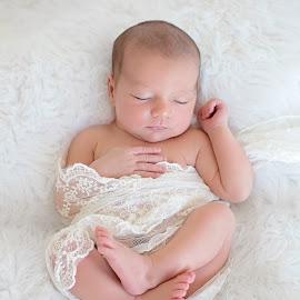 sweet by Helena Lindgren - Babies & Children Babies ( newborn photography, sweet, newborn shoot, baby girl, newborn )