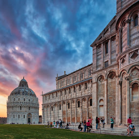 People in Pisa by Rob Menting - City,  Street & Park  Historic Districts ( canon, building, tuscany, europe, toscana, hdr, church, italië, travel, architecture, city, eos, pisa, italy, `g )