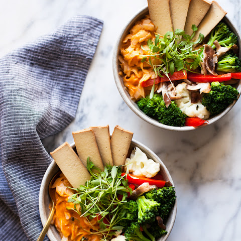 Quick & Easy Red Curry Rice Noodle Bowls