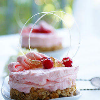 Red Currant Cottage Cheese Cake