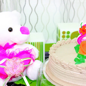 Baby Bear and Cake by Foto Amaze - Food & Drink Plated Food ( bear, cake, baby )