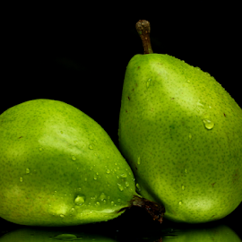 by Dipali S - Food & Drink Fruits & Vegetables ( juicy, fruit, fresh, green, healthy, pears, fibre )