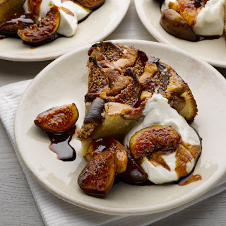 Fig, Yoghurt And Almond Cake With (or Without) Extra Figs