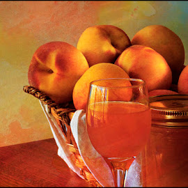 Peachelo by Roy Inman - Food & Drink Fruits & Vegetables ( fruit, color, still-life, peaches, art photo,  )