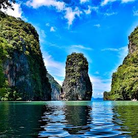 Canoeing through Thailand by Faizan Atiq - Landscapes Waterscapes ( amazing, canoeing, faizan, thailand, rock formation, phuket )