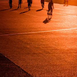by Jim Cunningham - City,  Street & Park  Street Scenes