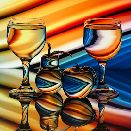 by Lisa Hendrix - Artistic Objects Glass ( champagne glasses )