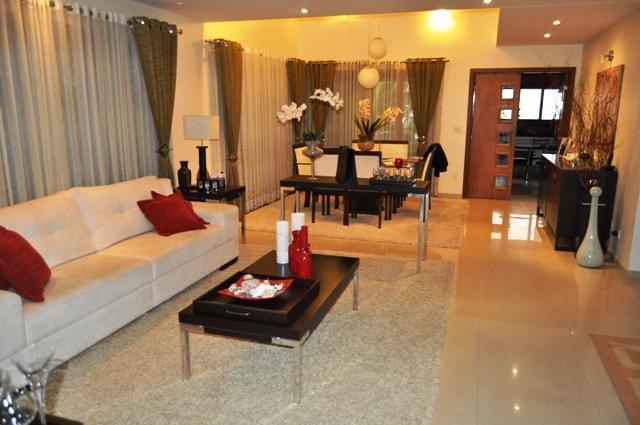Casa em condomínio à Venda - Jardim Aquárius