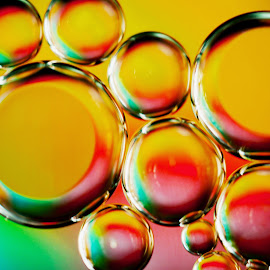 Bubbles by Britt-marie Pålsson - Abstract Macro ( water, red, blue, bubbles, pink, yellow )