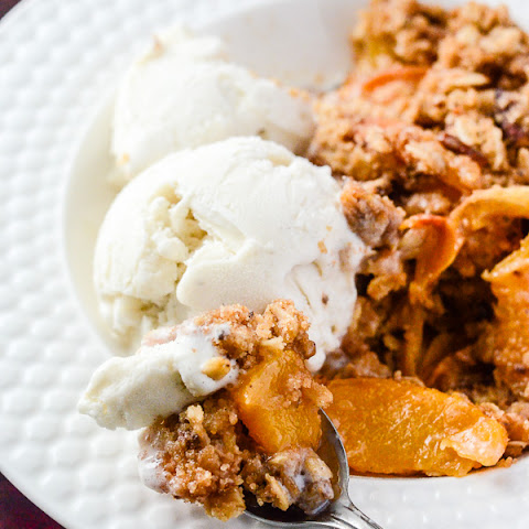 Cinnamon Ginger Peach Crisp