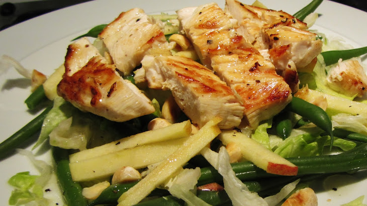 Chicken, Green Bean and Hazelnut Salad Recipe | Yummly