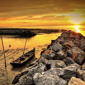 BEAUTIFUL SUNSET AT SINGKIR by Andy Teoh - Landscapes Sunsets & Sunrises ( singkir, waterscape, sunset, malaysia, landscape )