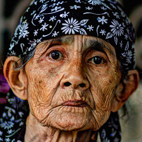 Face of a lovely grand ma by Imron Rosadi - People Portraits of Women ( face, people, pwc faces )