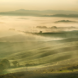 Sunrise in the fog by Giovanni  Volpe  - Landscapes Cloud Formations