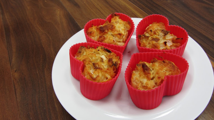 Cheddar and Leek Muffins Recipe | Yummly