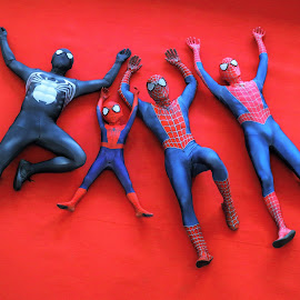 The family of Spiderman by Koh Chip Whye - Artistic Objects Toys