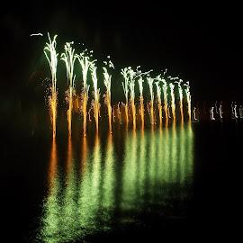 Malta International Fireworks Festival Valletta by Ruben  Paul - Abstract Fire & Fireworks ( malta, green, fujifilm, valletta, fireworks )