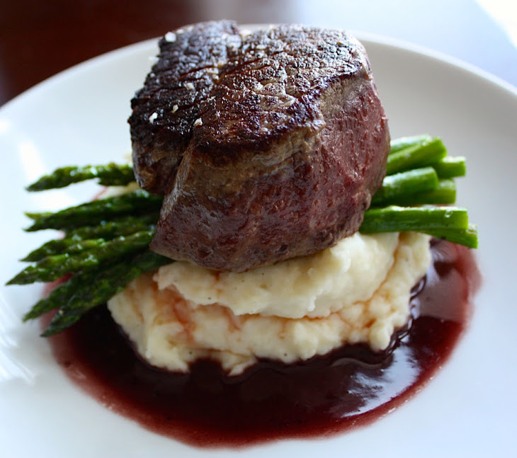 Filet Mignon with Red Wine Pan Sauce + Roasted Asparagus + Garlic ...