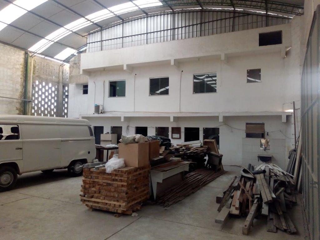Galpão à venda, 1200 m² por R$ 600.000,00 - Guaxindiba - São Gonçalo/RJ