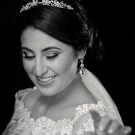 by Niclas Ådemark - Wedding Bride