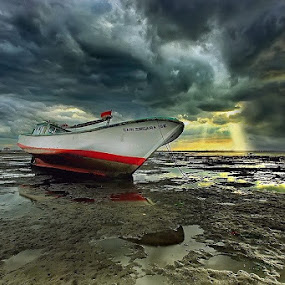 Stormy  by Agoes Antara - Transportation Boats