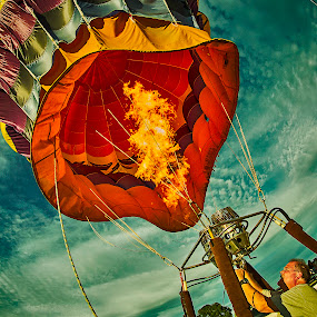 Balloon Firing by Nancy Merolle - News & Events Entertainment ( hot air balloon, fly, propane, event, balloon, evening, fire, Free, Freedom, Inspire, Inspiring, Inspirational, Emotion,  )