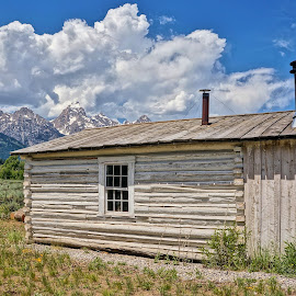 Mountain Cabin by Jim Czech - Buildings & Architecture Other Exteriors ( cabin, mountain, wyoming, log cabin )