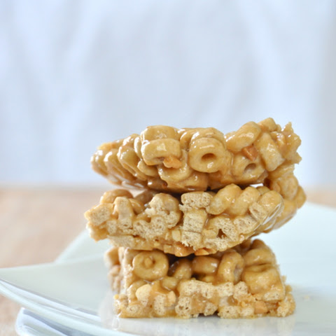 4-Ingredient Cheerio Snack Bars