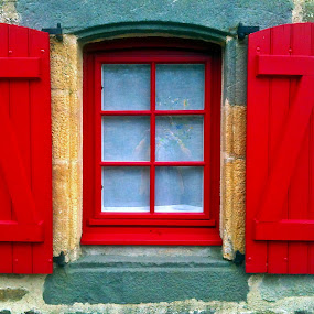 Window  by Dobrin Anca - Buildings & Architecture Architectural Detail ( window, sunny, street, funny, brittany,  )