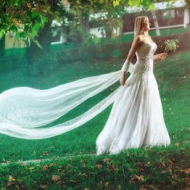 wedding by Dejan Nikolic Fotograf Krusevac - Wedding Bride ( wedding photography, vencanje, svadbe, wedding, vencanja, wedding dress, svadba, bride, photo-fotograf.com, groom, fotograf )