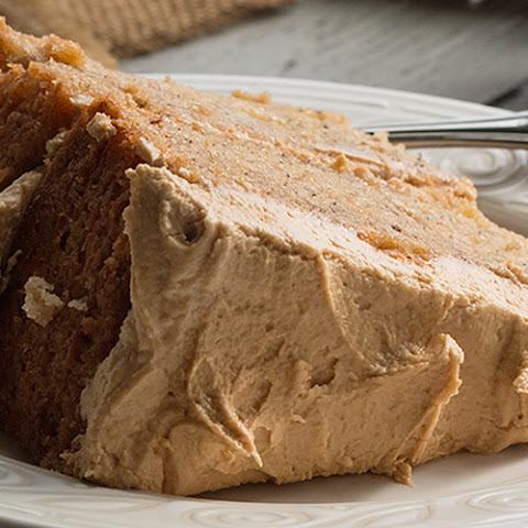 Banana Cake with Biscoff Buttercream