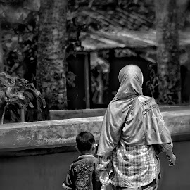 by Kevin Putra - People Family