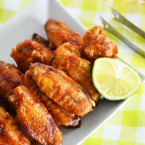 Tasty Honey Sriracha Chicken Wings