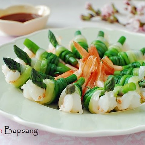 Saewu Ganghwe (Spring Onion Tied Shrimp and Asparagus)