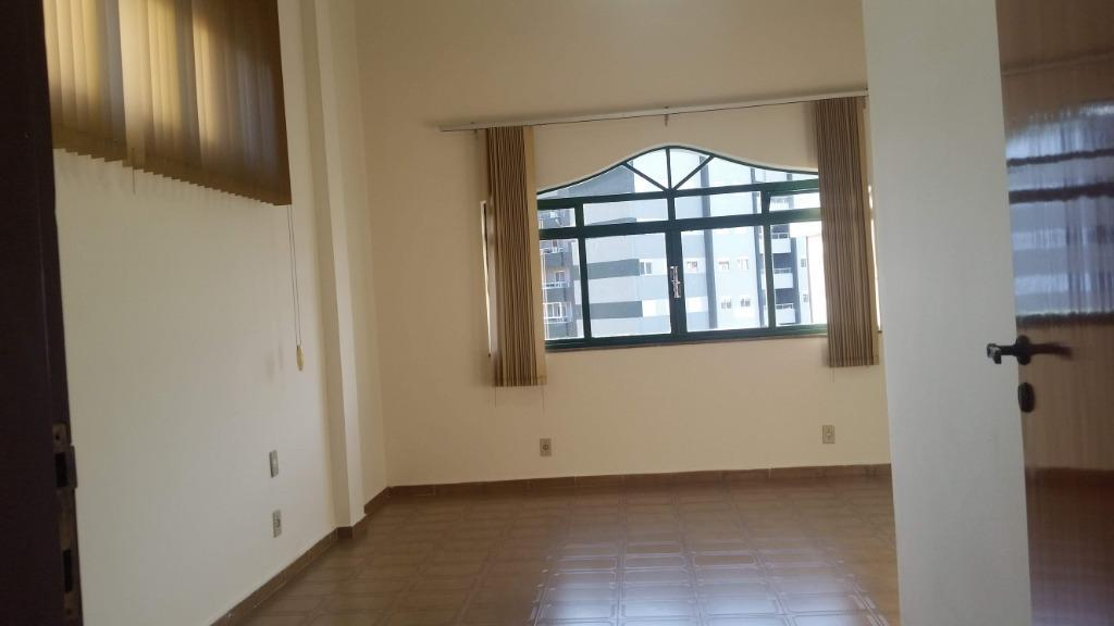 Salão para alugar, 280 m² por R$ 3.800/mês - Centro - Bragança Paulista/SP