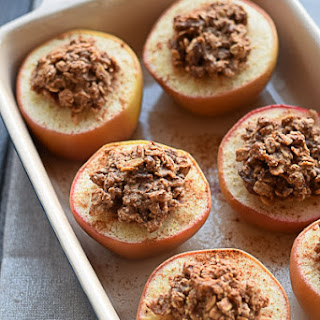 Healthy Baked Apples With Oatmeal and Almond Butter